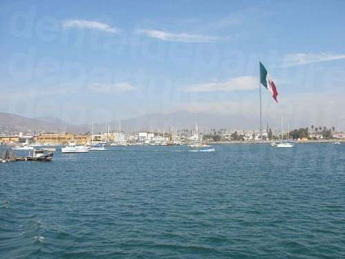 Bandera_Monumental_Ensenada