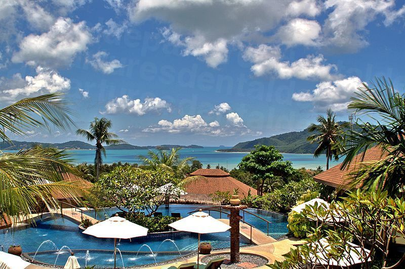 800px-Golden_Tulip_Phuket_Resorts_Mangosteen_Boutique_Resort