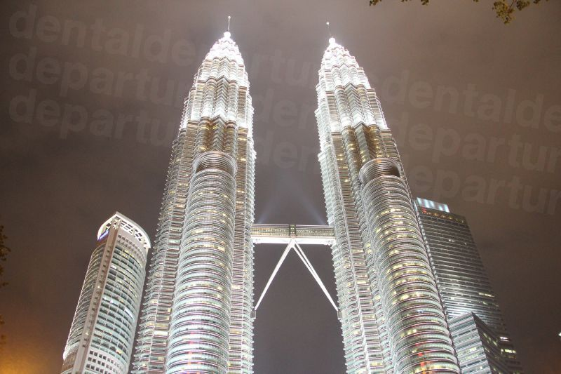 dd_201708171651_petronas-towers-480672.jpg