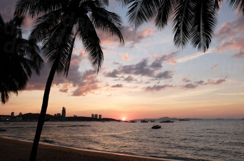 dd_201709151633_pattaya_beach.jpg