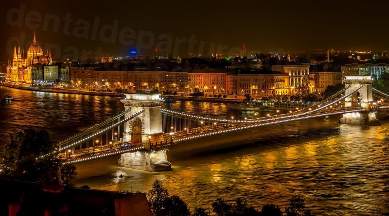 dd_201802151904_hungary_bridge.jpg