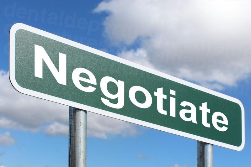 dd_201809251109_negotiate.jpg